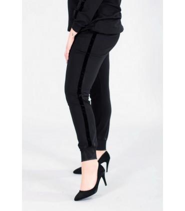 Czarne spodnie dresowe ze ściągaczem - VALENCIA