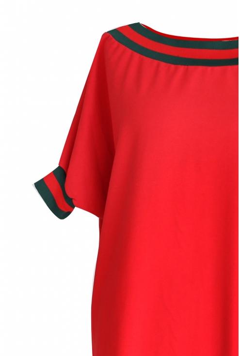czerwona sukienka ze ściągaczem