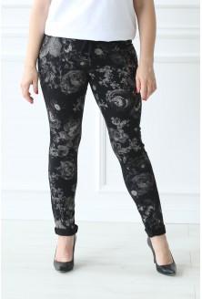 Czarne spodnie dresowe w kwiaty CAMILLA