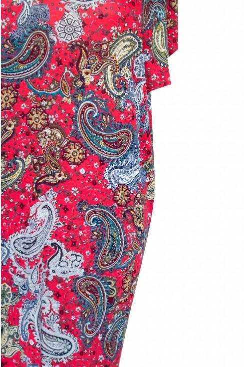 bok czerwonej sukienki orientalnej size plus