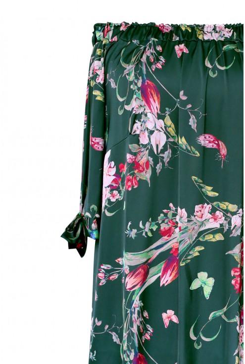 Ciemnozielona, wygodna sukienka na lato w stylu hiszpańskim.