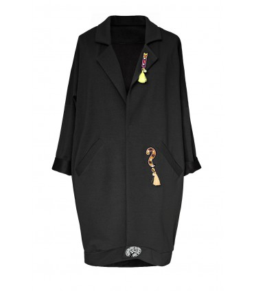 Czarny płaszczyk z ozdobnymi naszywkami - FLAVIO