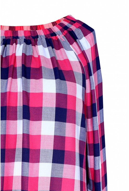 Różowo-biała bluzka hiszpanka w kratke - CARLOTTA - detal