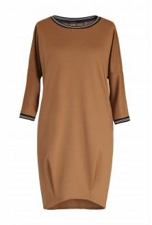 Camelowa sukienka z ozdobnym ściągaczem xxl