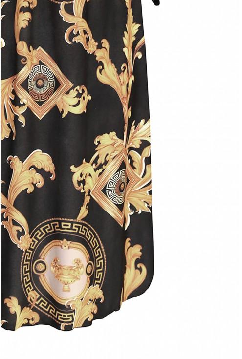 Czarna sukienka w dużym rozmiarze dla kobiet