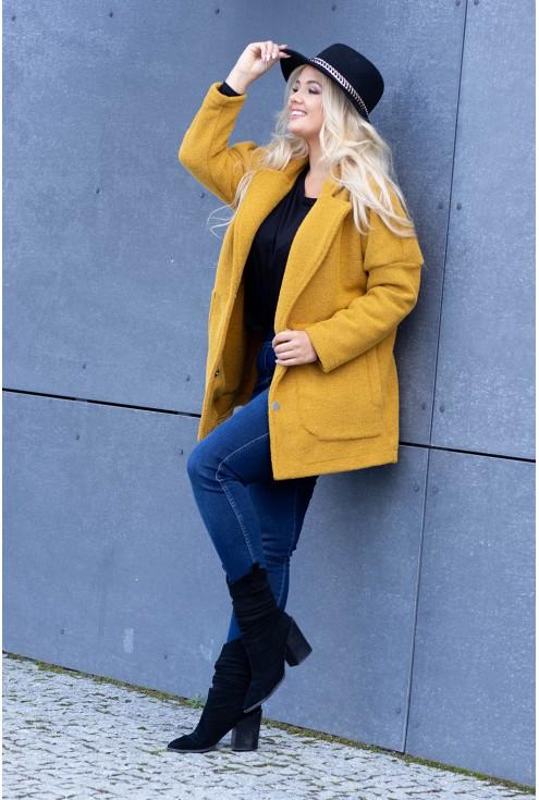 Miodowy płaszcz oversize