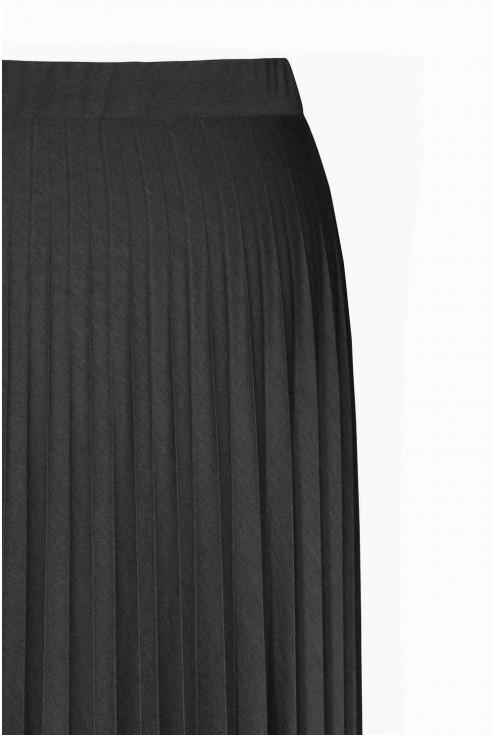 Czarna dzianinowa spódnica plisowana duże rozmiary
