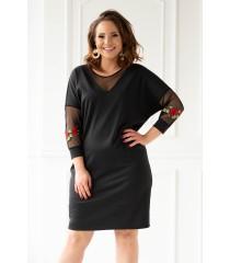 Czarna sukienka z ozdobnymi naszywkami - ROSE