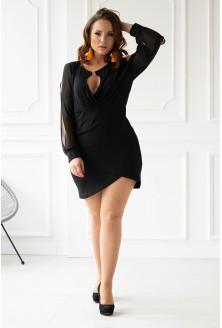 Czarna szyfonowa sukienka z głębokim dekoltem plus size