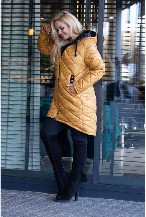 Miodowa długa kurtka pikowana plus size