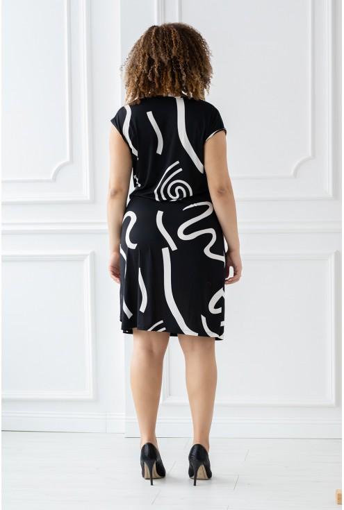 tył sukienki czarny wzorek xxl