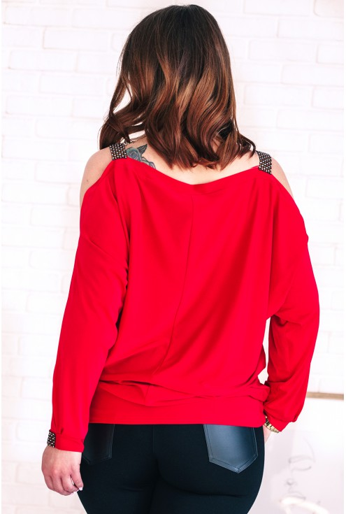 tył czerwonej bluzki ashley