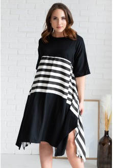 czarna rozkloszowana sukienka strip xxl