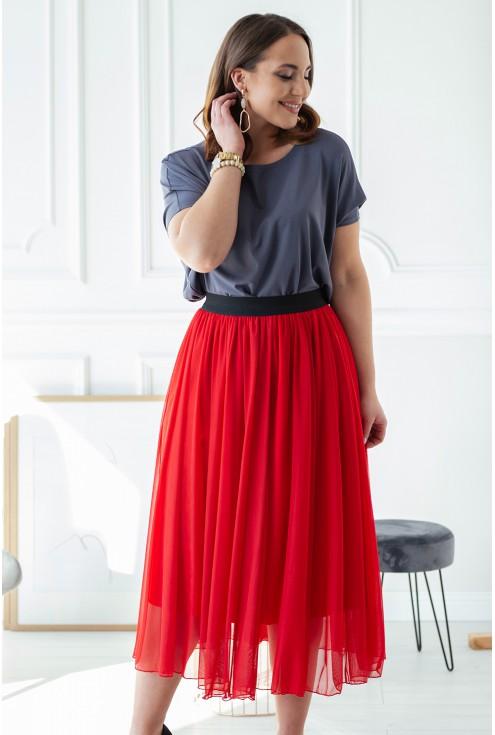 czerwona tiulowa spódnica