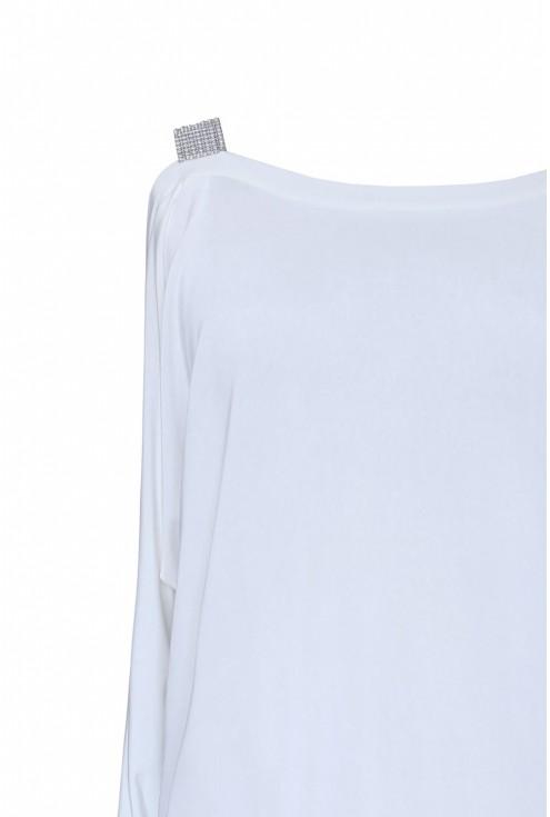 ramię biała bluzka zdobienia