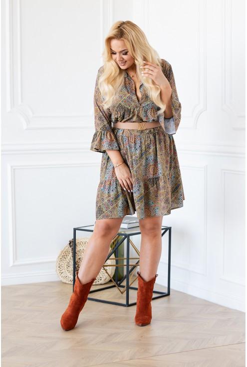 Kobieca zwiewna sukienka plus size - wersja z paskiem