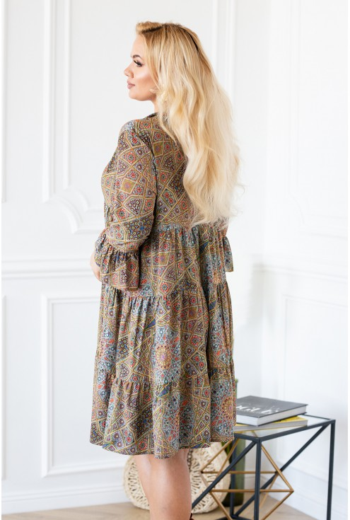 Tył sukienki plus size geometryczne wzory