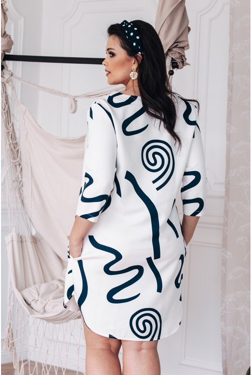 Biała sukienka z granatowym wzorem - CHIARA
