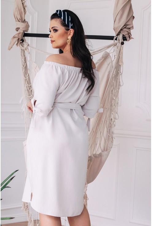 Tył sukienki xxl ELENA w kolorze kości słoniowej
