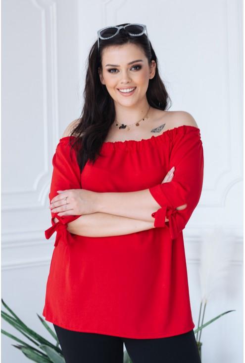 czerwona bluzka hiszpanka plus size na ramiona