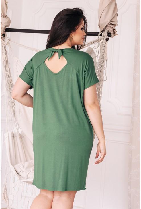 tył dzianinowej sukienki w kolorze oliwki duże rozmiary