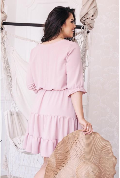 Tył pudrowej sukienki plus size dla kobiet XL-ka.pl