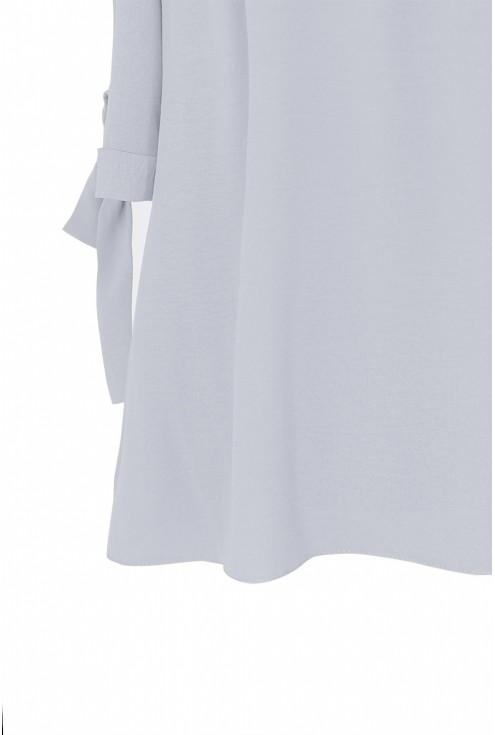 Jasnoszara bluzka hiszpanka z wiązanym rękawem NINA - detal