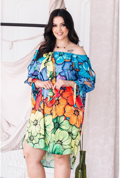 zwiewna wakacyjna sukienka kwiaty tęczowe duże rozmiary