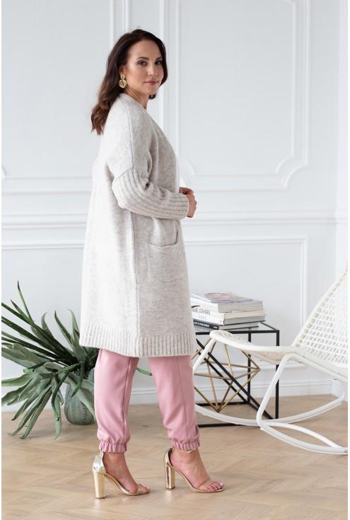 bok dłuższy beżowo melanżowy sweterek lisette