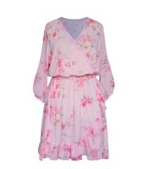 Pudrowo-różowa sukienka w róże z kopertowym dekoltem - ADELITA