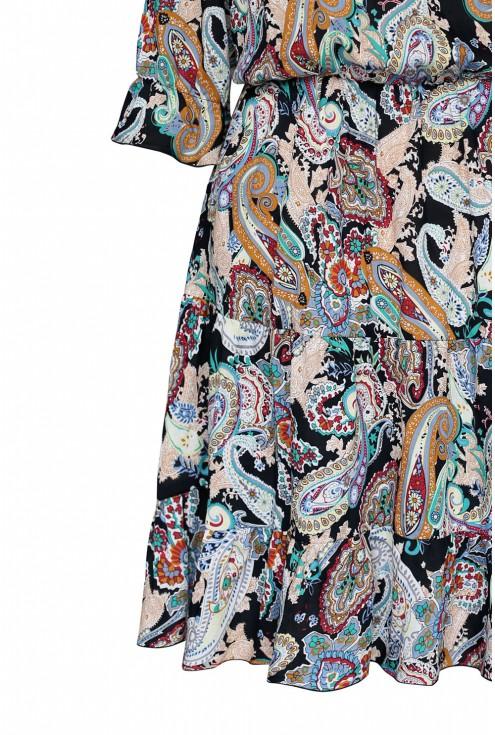 ciekawy wzór orientalny piękne kolory sukienka xxl