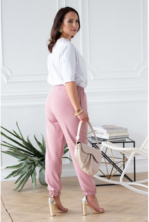 tył spodni eleganckich ze ściągaczem
