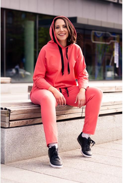 stylowy dres flaming z kapturem zdobiony czarnymi sznureczkami xxl