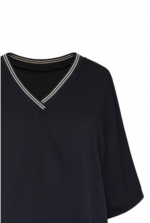 czarna bluzka z ozdobnym ściągaczem