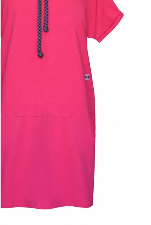 amarantowa sukienka z troczkami