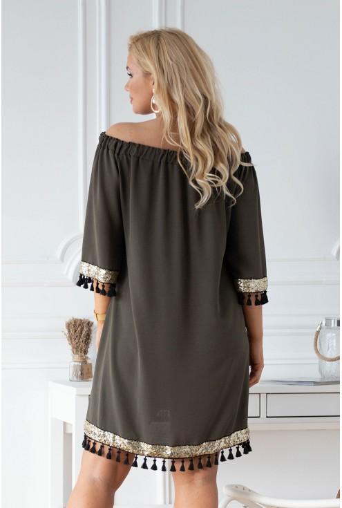 Tył sukienki Mercy z hiszpańskim dekoltem