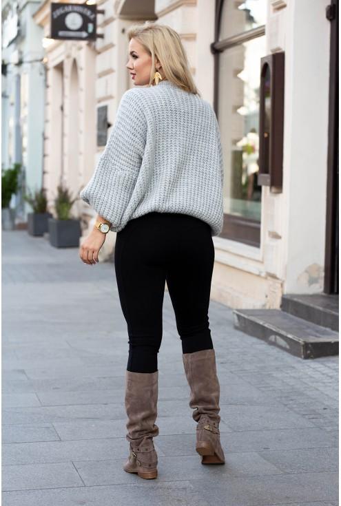 tył sweterka oversize