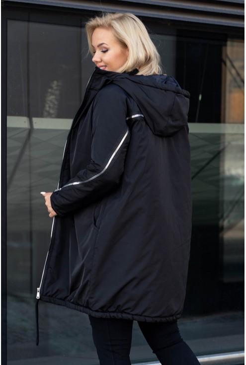 Czarna kurtka z ozdobnym suwakiem