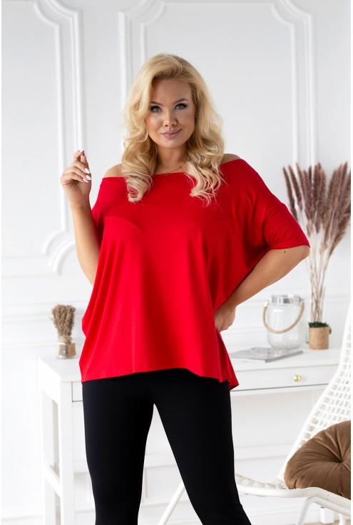 Czerwona bluzka na co dzień
