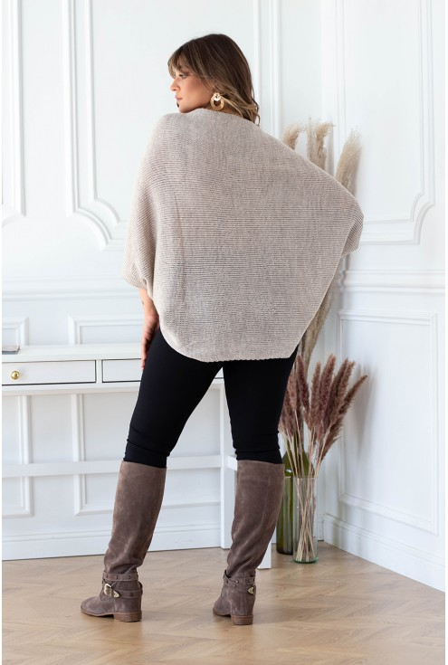 tył swetra plus size