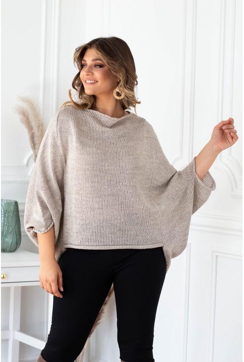 beżowy sweterek z obniżoną linią ramion