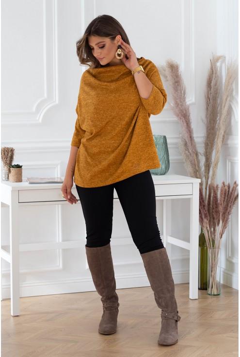 bok musztardowego sweterka plus size xxl