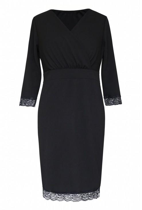 czarna sukienka z ozdobną koronką