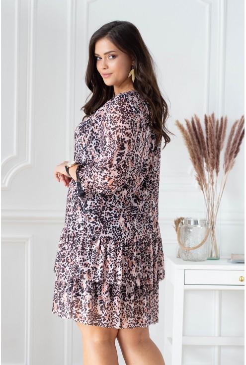 pudrowa sukienka w dużych rozmiarach plus size