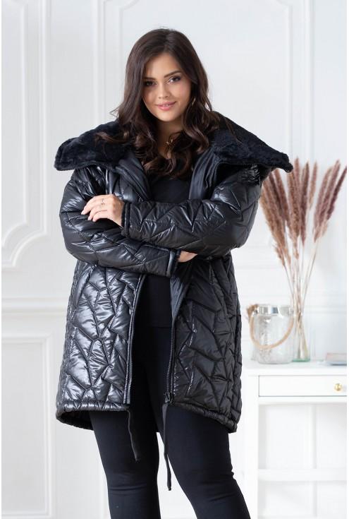 Czarna kurtka z misiem