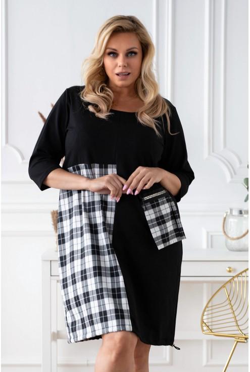 czarna sukienka z wstawką z wzorem w kratkę xxl