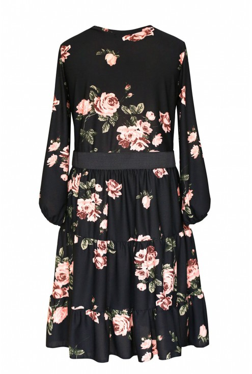 tył sukienki w kwiaty