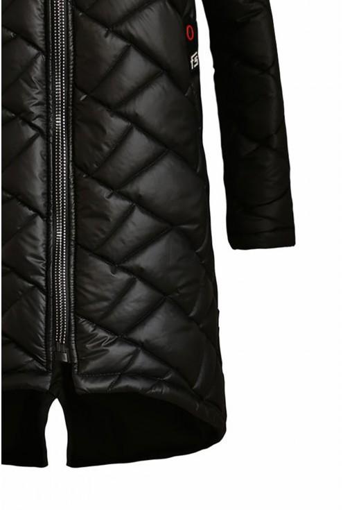 czarna pikowana kurtka - detal