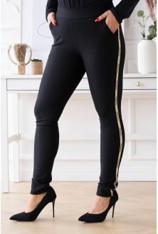 Czarne eleganckie spodnie dresowe ze złotym lampasem z napisem fashion - Aurora