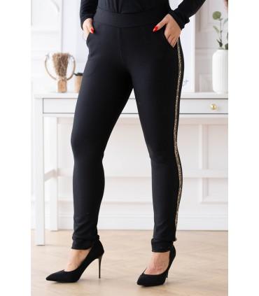 Czarne eleganckie spodnie dresowe z błyszczącym lampasem w panterkę  - Aurora